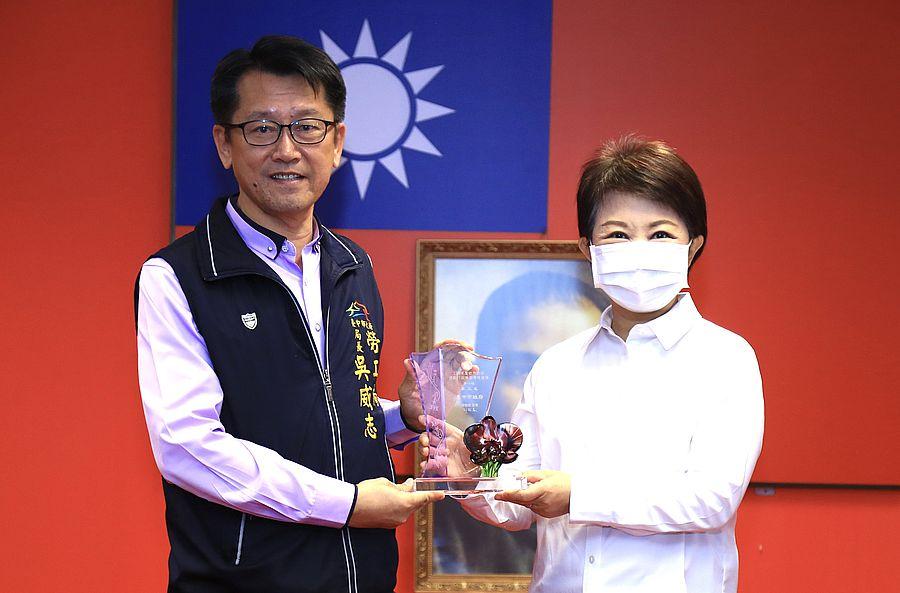 勞工局榮獲勞動部考評5大獎項 市長盧秀燕感謝團隊的付出
