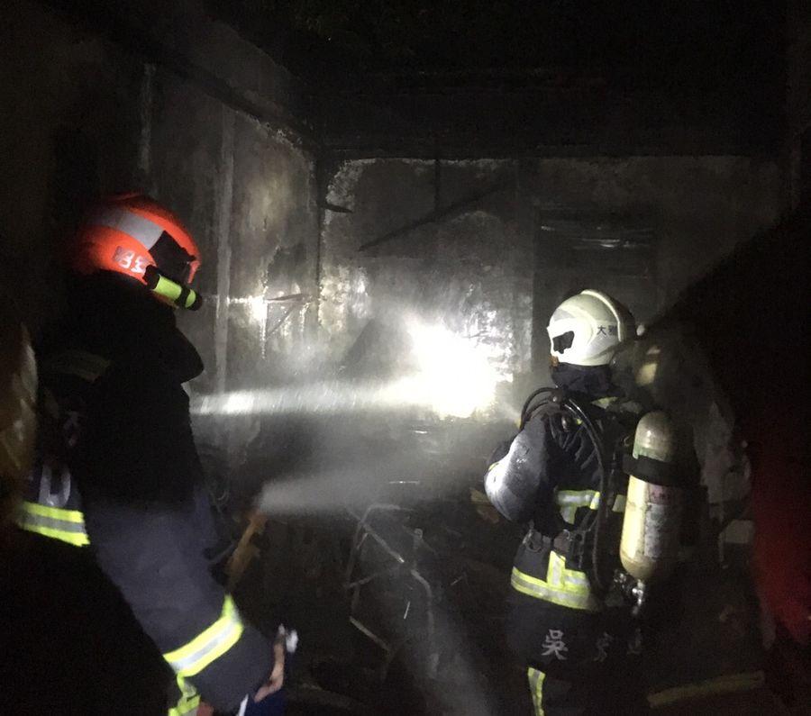 台中市大雅區暗夜火警 一家三口不幸一死二傷