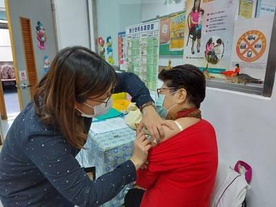 打疫苗提升保護力  流感疫苗擴大全民接種