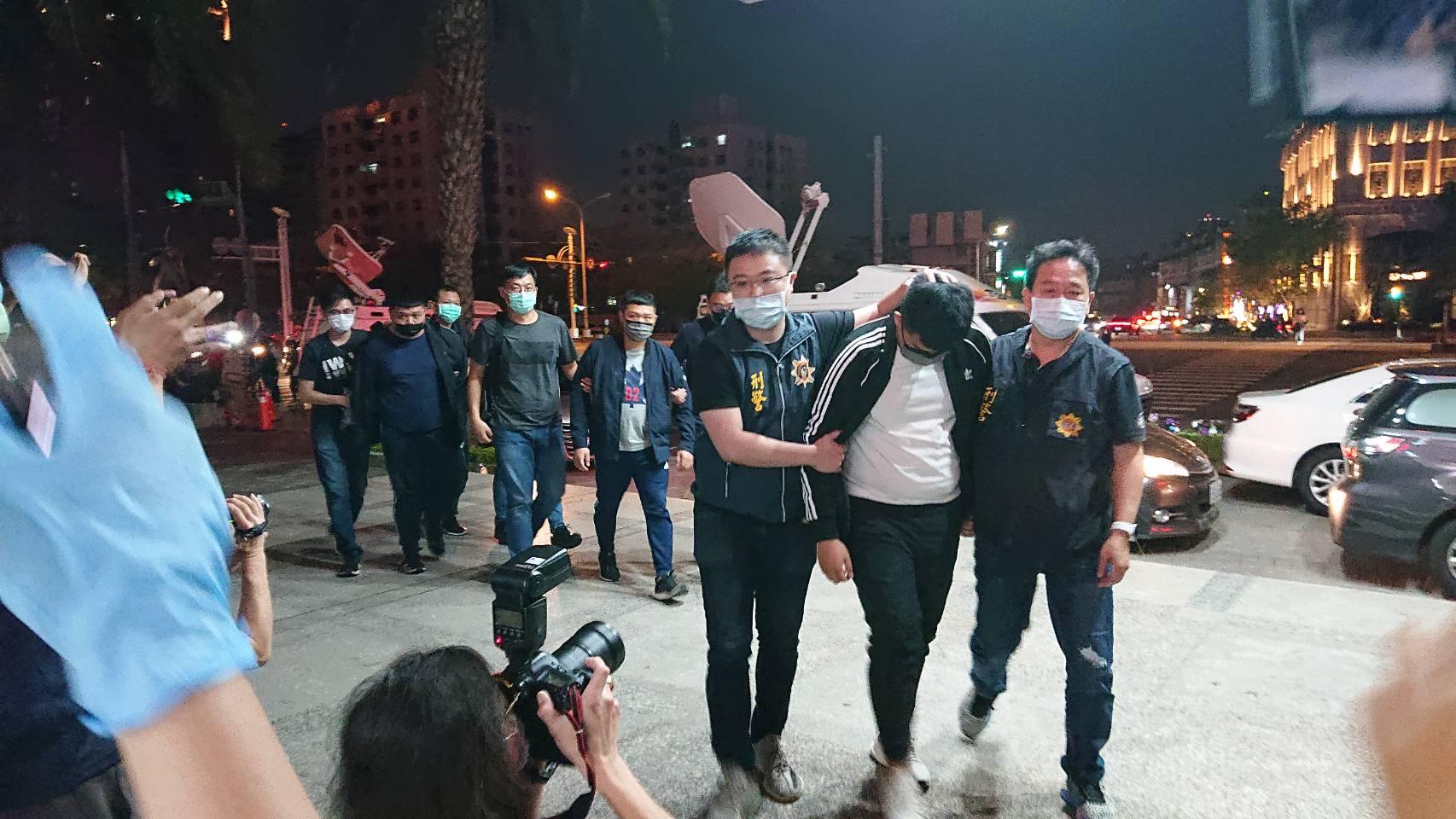 台中男子當街遭砍斷手掌  警方40分鐘內逮捕3名兇嫌