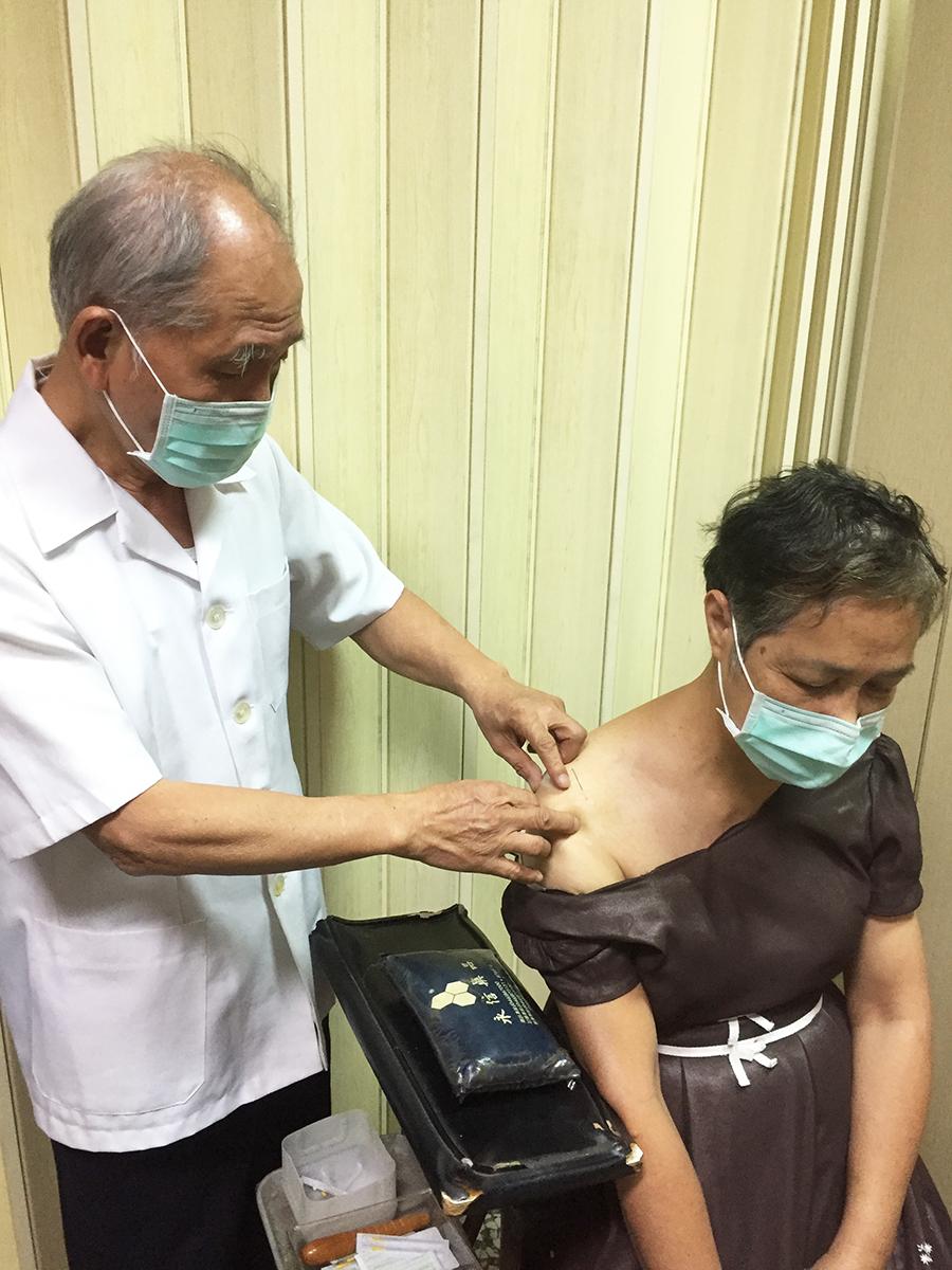 慢性結膜炎靠針灸視力改善佳