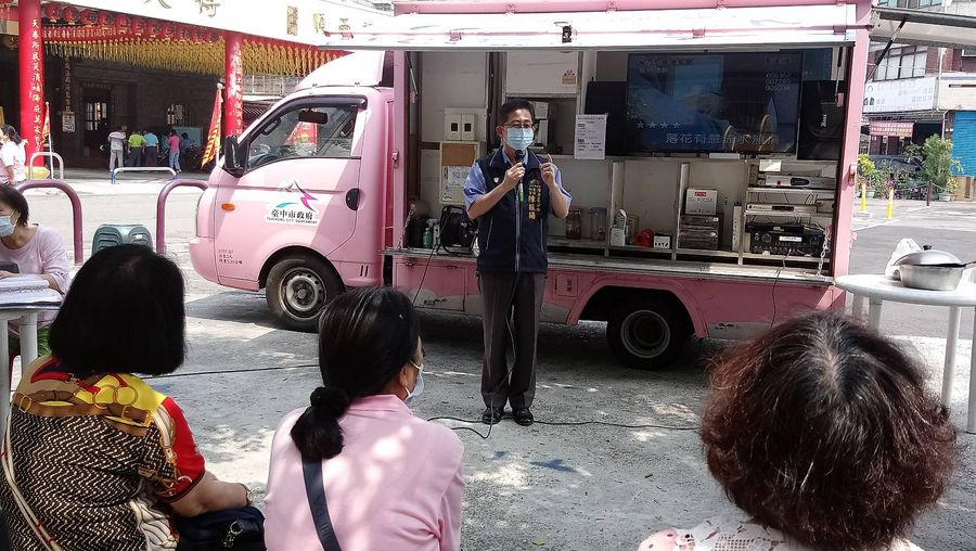 潭子區頭家社區歡慶母親節活動 宣導重大市政建設