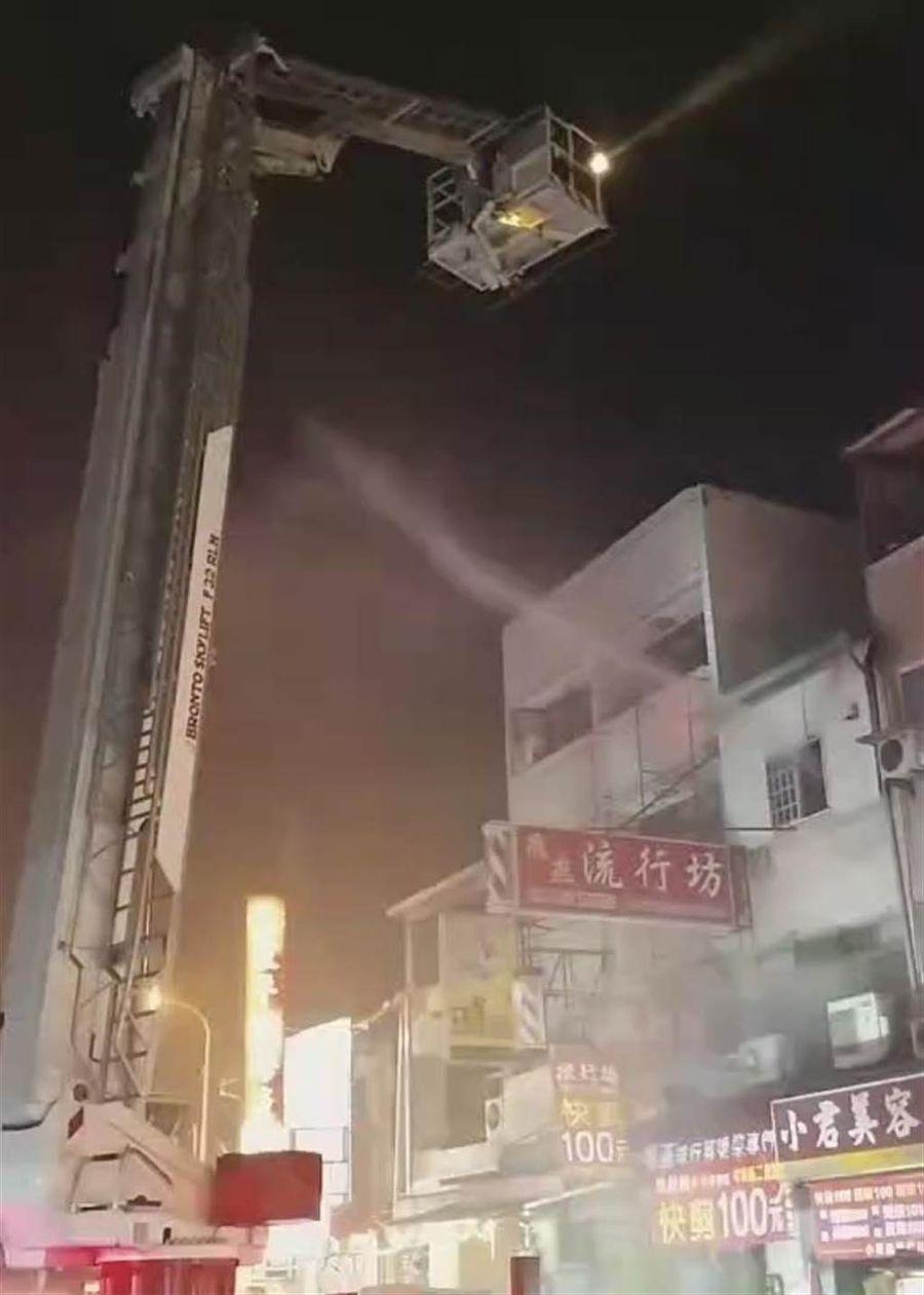 中華夜市火災三童命案  市府協助家屬處理後事