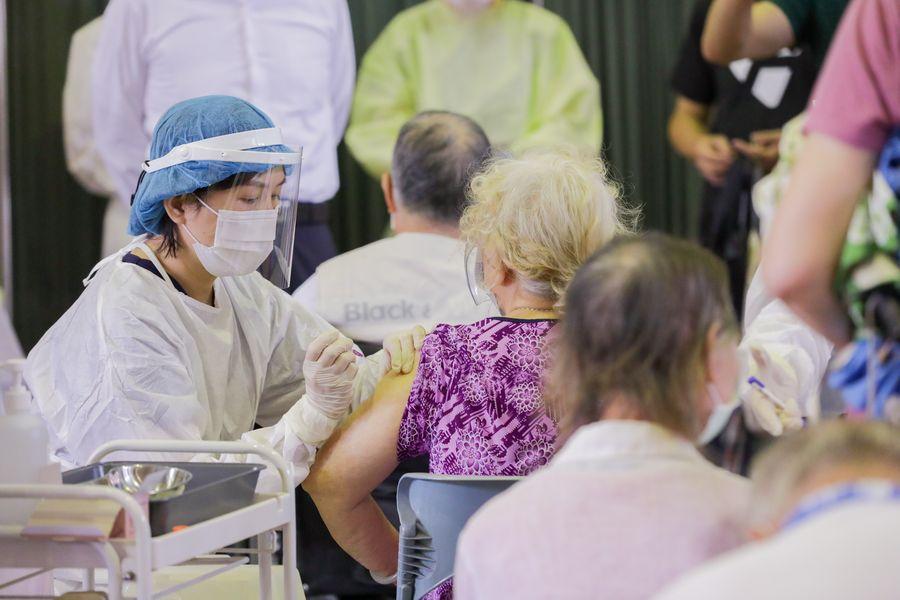 台中三名老人施打AZ疫苗後死亡