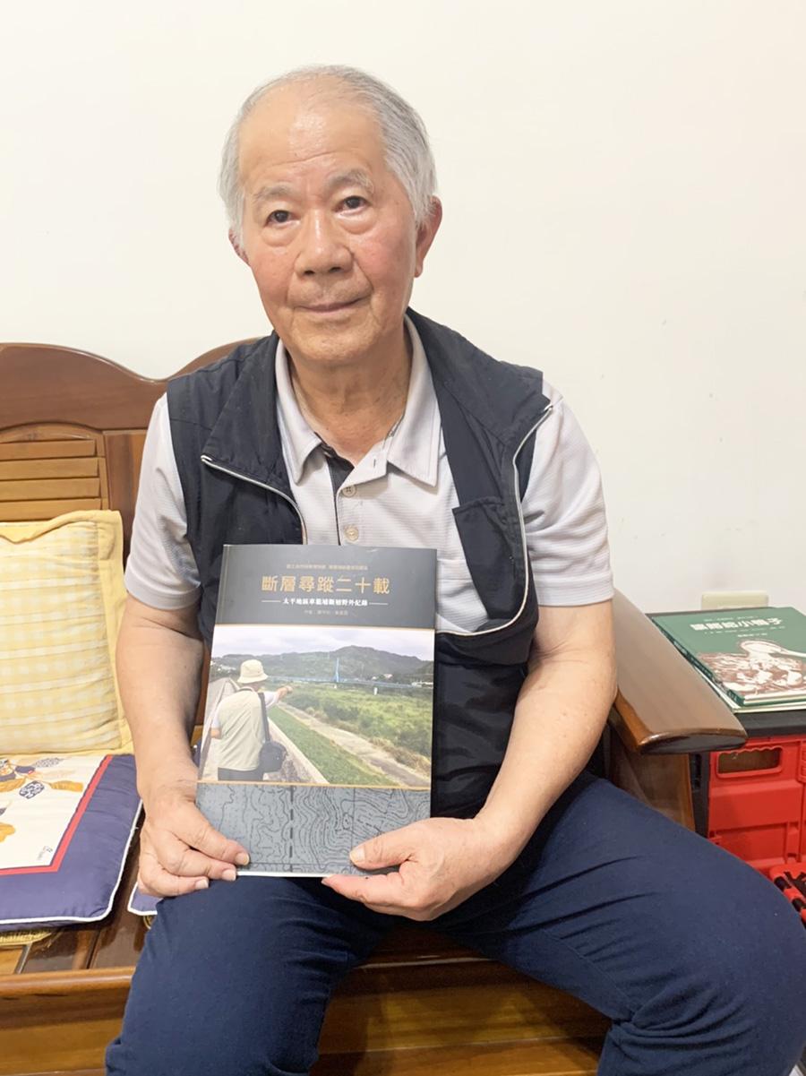 黃豊昌 用2萬張照片記錄921地震