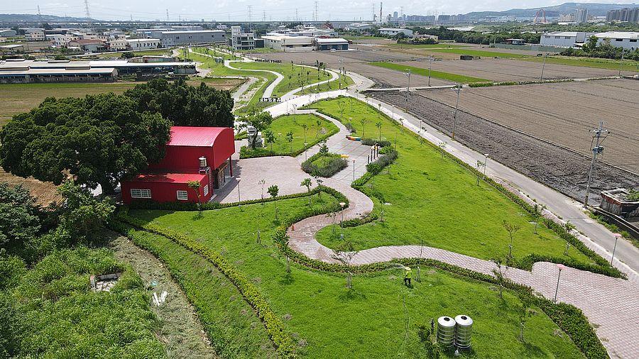 烏日公墓轉型「東園稻田森林公園」打造絕美綠林